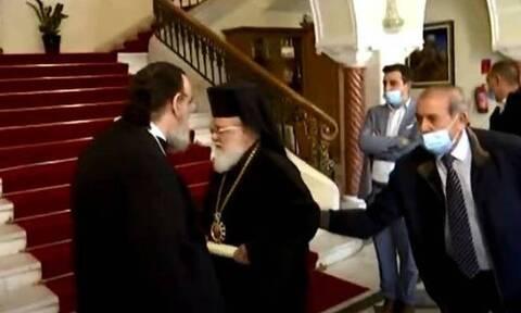 Κύπρος - Μητροπολίτης Κύκκου σε δημοσιογράφο: «Σκασμός χυδαίε παλιάνθρωπε» (vid)