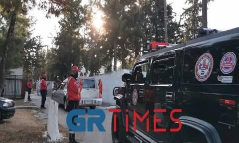 Κορoνοϊός - Θεσσαλονίκη: Συγκίνηση στο τελευταίο αντίο στον Σάκη Σωτηράκη (vid)