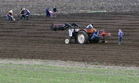 Επιστρεπτέα Προκαταβολή 4: Δικαιούχοι και οι αγρότες - Πότε πρέπει να υποβάλλουν αίτηση - Το ποσό