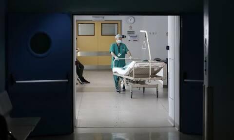 Κρούσματα σήμερα: Νέο αρνητικό ρεκόρ με 597 στις ΜΕΘ, 87 νέοι θάνατοι και 2.152 νέες μολύνσεις