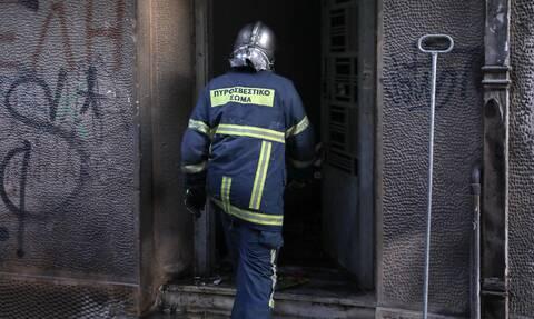 Συναγερμός στη πυροσβεστική - Άνθρωπος καταπλακώθηκε από δομικά υλικά