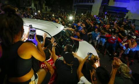 Θρήνος για τον Μαραντόνα: Στην Casa Rosada η σορός του - Tριήμερο πένθος στην Αργεντινή
