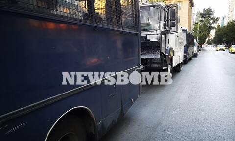 Ρεπορτάζ Newsbomb.gr: Παρέλυσε η Αθήνα από την απεργία - Ισχυρές αστυνομικές δυνάμεις στο κέντρο