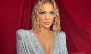 Jennifer Lopez: Πόζαρε εντελώς γυμνή και «μάζεψε» πάνω από 100.000 σχόλια