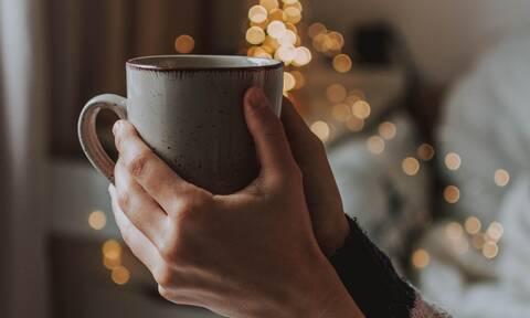 Το τσάι είναι το καλύτερο ρόφημα που μπορείς να καταναλώσεις εν μέσω πανδημίας