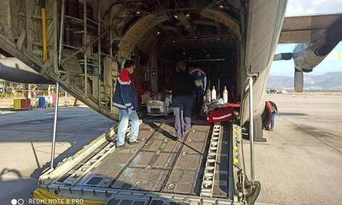 Κορονοϊός: Σε εξέλιξη η αεροδιακομιδή των τριών ασθενών από τη Δράμα στην Αθήνα