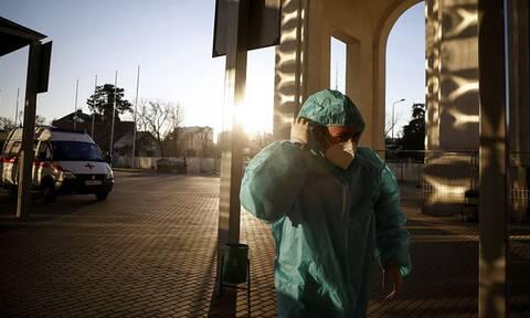 В РФ установлен новый антирекорд по числу заболевших COVID-19 за сутки