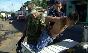 Επιχείρηση «αστραπή» στην Κεντρική Αμερική: Πάνω από 600 συλλήψεις μελών συμμοριών