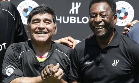 Ντιέγκο Μαραντόνα: To στεφάνι και το ανατριχιαστικό μήνυμα του Πελέ