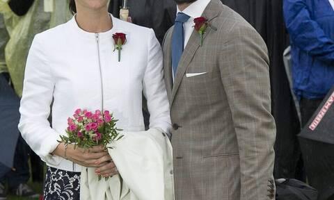 Κορονοϊός: Θετικό το πριγκιπικό ζευγάρι στον ιό
