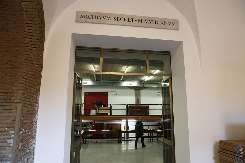 Vatican-Apostolic-Archive.jpg
