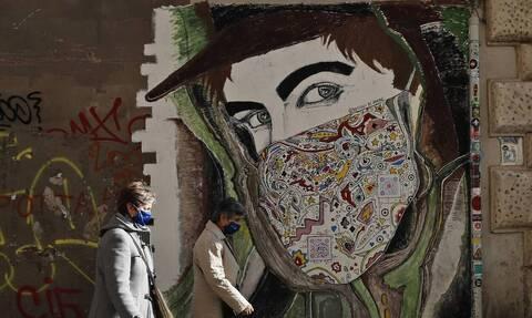 Ιταλία - Κορονοϊός: Πάνω από 28.000 τα ημερήσια κρούσματα - 827 οι νεκροί.