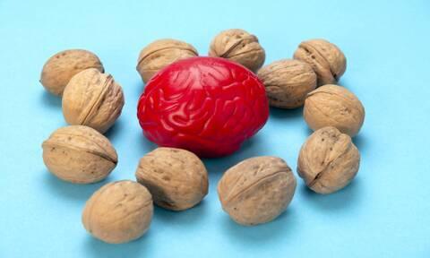 Αυτές είναι οι καλύτερες τροφές για τον εγκέφαλο (εικόνες)