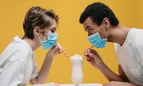 Ραντεβού και Κορονοϊός: Πως θα είναι το dating μετά την πανδημία;
