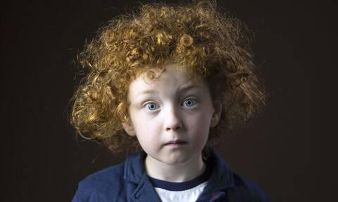 Φωτογραφίζει ανθρώπους με κόκκινα μαλλιά & το αποτέλεσμα είναι εντυπωσιακό
