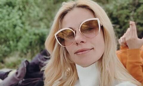 Ζέτα Μακρυπούλια: 4 φωτογραφίες που εντυπωσίασε με τα πουλόβερ της