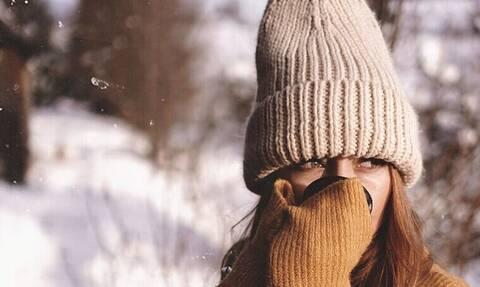 5 στυλάτα σκουφάκια που θα σε κρατήσουν ζεστό τον χειμώνα