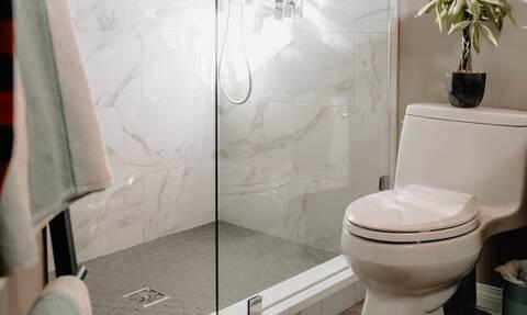 Γιατί είμαστε υπερκινητικοί όταν θέλουμε να πάμε τουαλέτα;