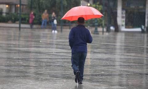 Κακοκαιρία: Ξεκίνησε η βαρυχειμωνιά - Καταρρακτώδεις βροχές σε Ιθάκη και Ρέθυμνο