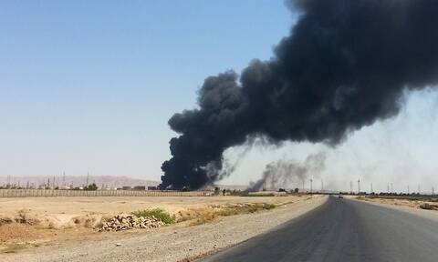 Ιράκ: Το ΙΚ ανέλαβε την ευθύνη για την επίθεση με ρουκέτες εναντίον διυλιστηρίου