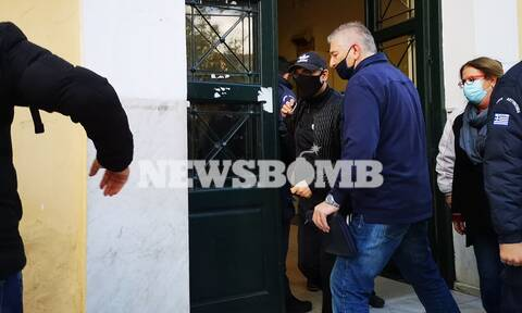Νότης Σφακιανάκης: Ποινική δίωξη για οπλοκατοχή και ναρκωτικά - «Δεν μιλάω, γιατί θα πω κάτι άσχημο»