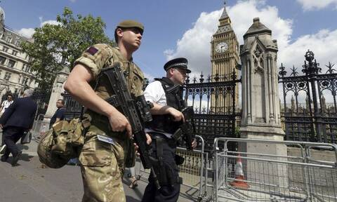 Συναγερμός στο Λονδίνο για ύποπτο πακέτο στον ουρανοξύστη Heron Tower