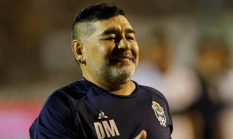Ντιέγκο Μαραντόνα: «Δεν ήταν ήρωας και πλήρωσε για τα λάθη του...» (photos)