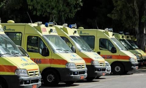 Κορονοϊός - Βόλος: Τρόμος! Ασθενής άλλαξε τρία ασθενοφόρα για να μεταφερθεί στο νοσοκομείο