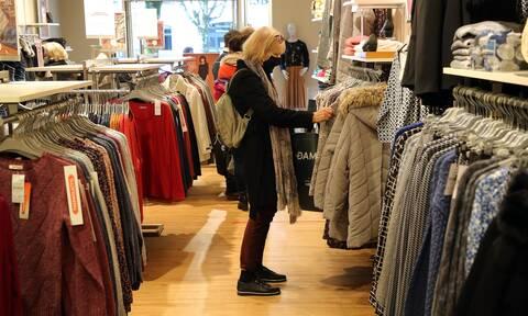 Κορονοϊός: Κατέρρευσε κολοσσός - Κλείνουν εκατοντάδες καταστήματα;