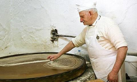 Έτσι φτιάχνεται το παγκοσμίου φήμης γλυκό του Ρεθύμνου!