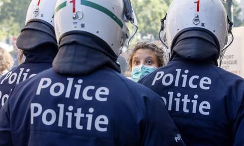 Βρυξέλλες: Χαμός με κορονοπάρτι οργίων 25 ατόμων - Ανάμεσά τους και ευρωβουλευτής
