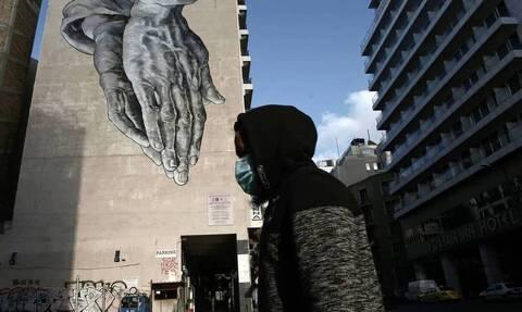 «Βόμβα» Βατόπουλου στο Newsbomb.gr: Μόνο με τόσα κρούσματα πρέπει να ανοίξει η αγορά