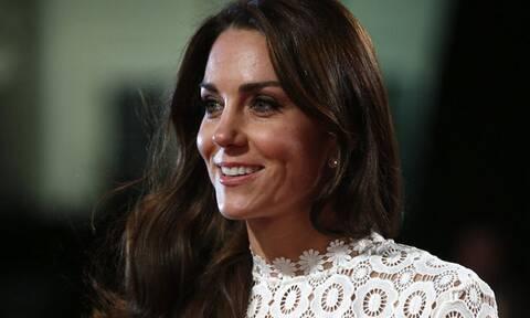 7 βασιλικοί κανόνες που δεν «σπάει» ποτέ η Kate Middleton