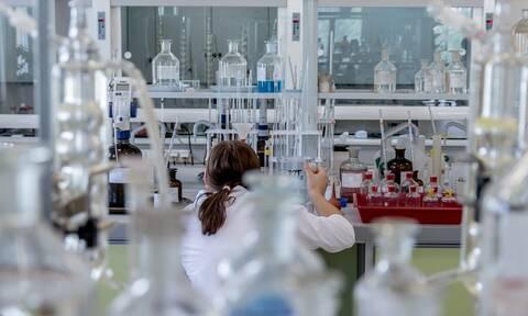 Σιγκαπούρη: Εγκρίθηκε για πρώτη φορά παγκοσμίως η πώληση κρέατος που έχει φτιαχτεί σε εργαστήριο