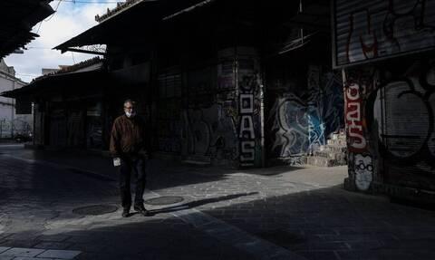 Пецас: Снятие ограничений в Греции начнется с 14 декабря