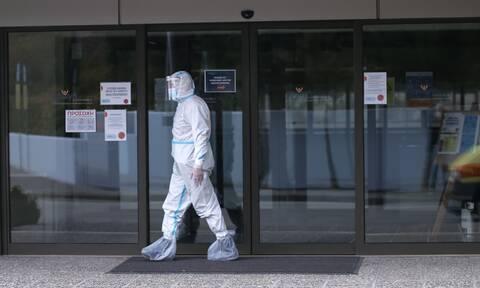 Κορονοϊός - Γώγος: Να εμβολιαστούν πρώτα τα άτομα αναγνωρισιμότητας για να πείσουν τους πάντες