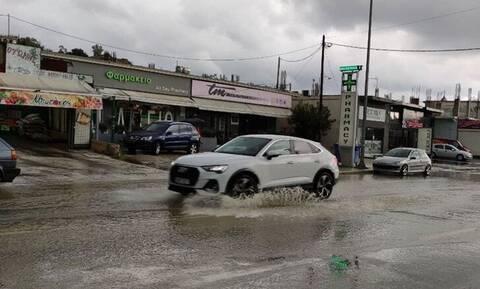 Κακοκαιρία: Σφοδρή καταιγίδα στη Ζάκυνθο - Πλημμύρισαν δρόμοι και υπόγεια