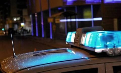 Νέα Σμύρνη: Βίντεο σοκ από απόπειρα ληστείας – Απείλησε με μαχαίρι τον περιπτερά