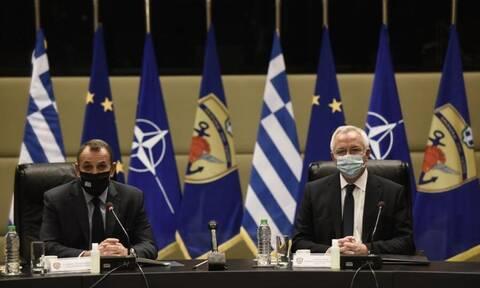 Δωρεά 500.000 ευρώ της COSMOTE για τις ανάγκες των Ενόπλων Δυνάμεων παρέλαβε ο Παναγιωτόπουλος