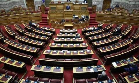 Βουλή: Ψηφίσθηκε το νομοσχέδιο για την πάταξη του λαθρεμπορίου