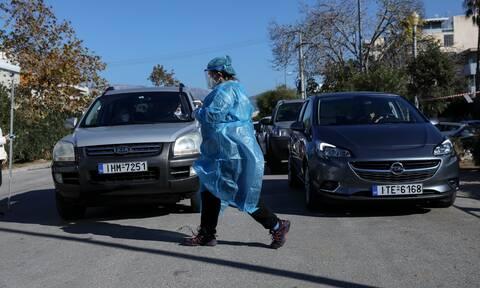 Κορονοϊός: 100.000 τα ενεργά κρούσματα στην Ελλάδα λέει μέλος της επιτροπής του υπ. Υγείας
