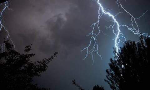 Έκτακτο δελτίο επιδείνωσης καιρού - EMY: Έρχονται ισχυρές καταιγίδες και χαλαζοπτώσεις