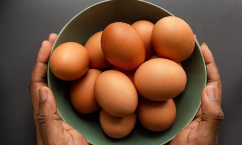 Εσείς τα πλένετε τα αυγά πριν τα μαγειρέψετε ή όχι;
