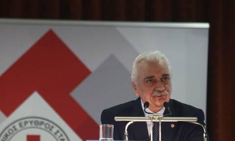 Πρόεδρος Ελληνικού Ερυθρού Σταυρού προς εθελοντές: «Σας θαυμάζουμε, σας τιμούμε, σας χειροκροτούμε»