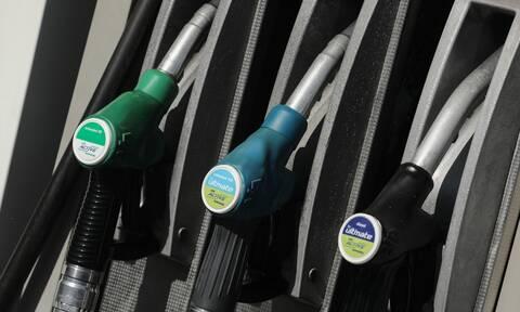 Πετρέλαιο κίνησης: Έρχεται πράσινο τέλος τρία λεπτά του ευρώ ανά λίτρο