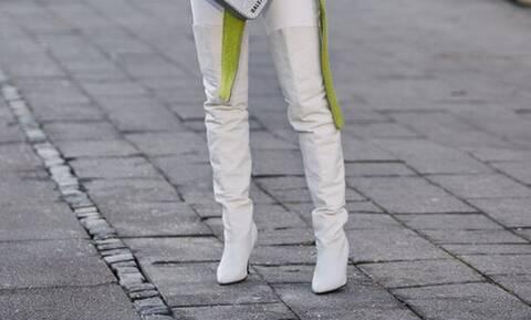 Με αυτά τα παπούτσια θα δείχνεις πολύ ψηλότερη και ας μην έχουν τακούνι