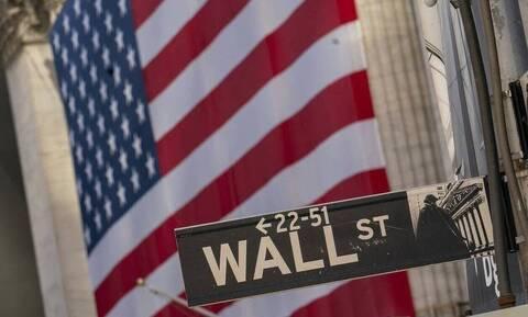 Μικτά πρόσημα στη Wall Street - Άνοδος για το πετρέλαιο