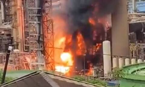 Νότια Αφρική: Ισχυρή έκρηξη σε διυλιστήριο πετρελαίου