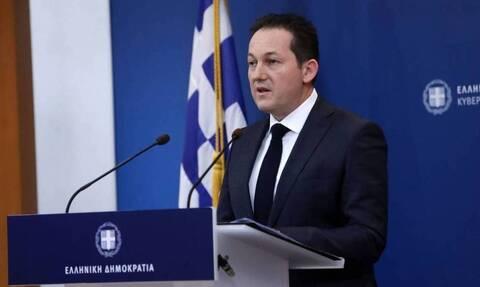 Πέτσας: Κυρώσεις και εμπάργκο όπλων θα ζητήσει στην Ε.Ε. ο πρωθυπουργός
