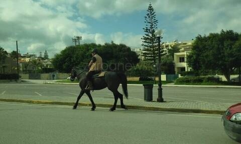 SMS 13033 - Χανιά: Είναι κι αυτό βόλτα με κατοικίδιο;